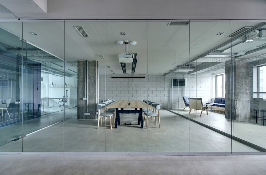 Glass Walls And Windows To Illuminate Your Room And Life!