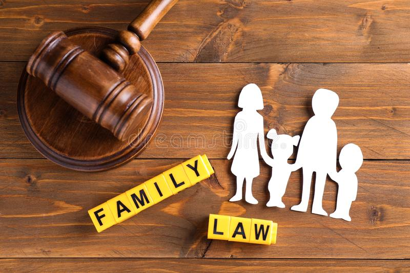 Four Helpful Tips to Find the Right Family Attorney